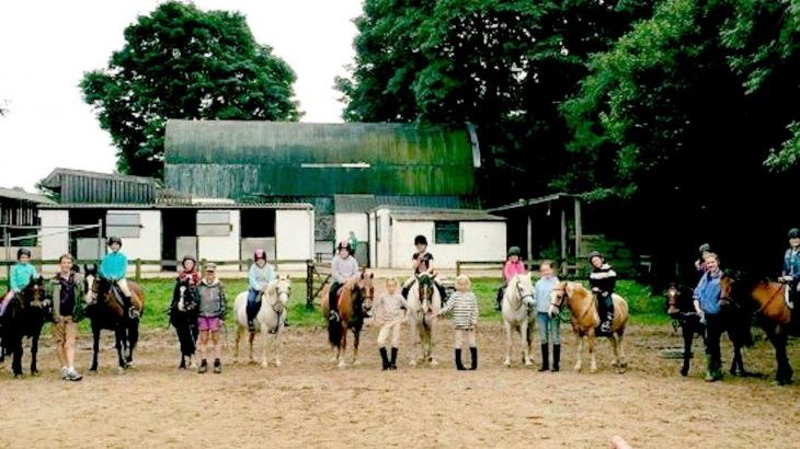 Own a Pony Day you must book early at Yet Wen!