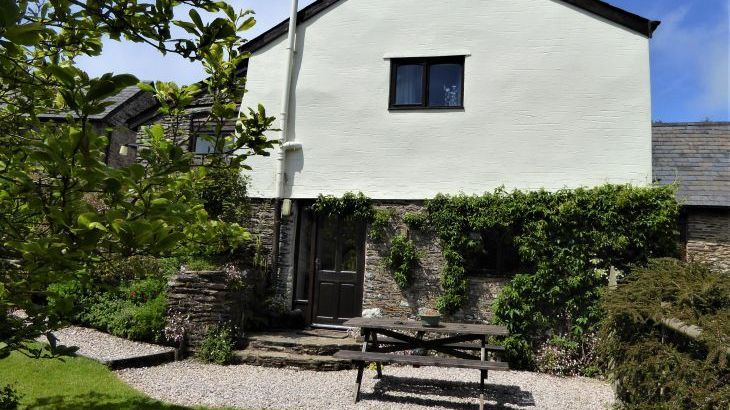 Willows Cottage at Dittiscombe Hills Estate & Cottages