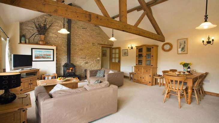 Yorkshire cottage sleeps 5 woodburner
