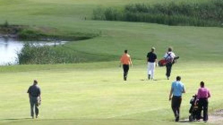 25 golf courses within a 7 mile radius