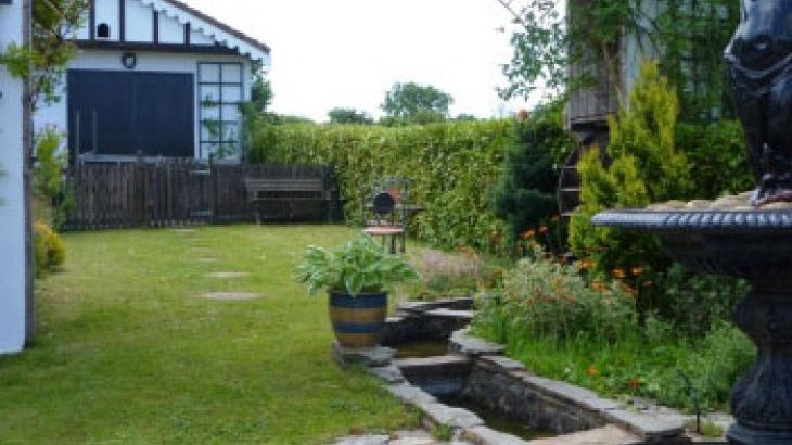 1 bedroom self catering Gower Peninsula Wales
