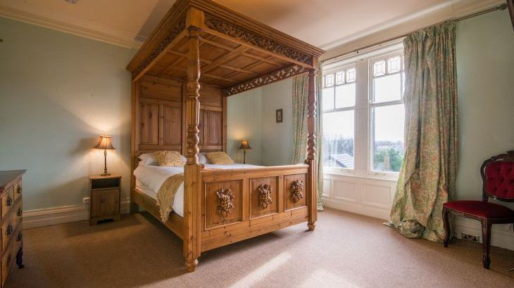 The four poster bed is truly stunning