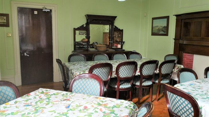 The large dining room seat 24