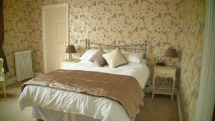 Self-catering countryside house in Devon sleeps 23