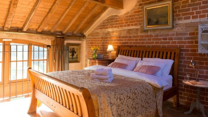Cosy, romantic holiday cottage near Lavenham