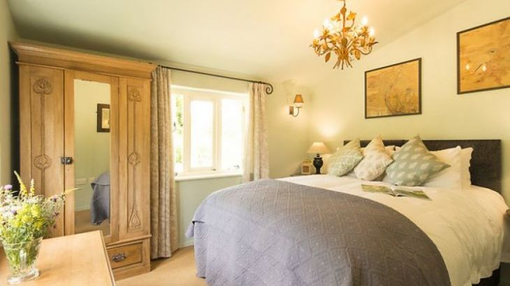 One of the romantic double bedrooms