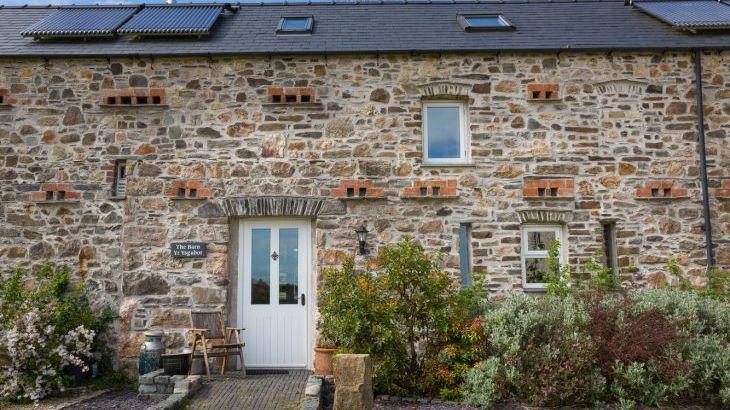 luxurious cottage in haverfordwest with open plan living