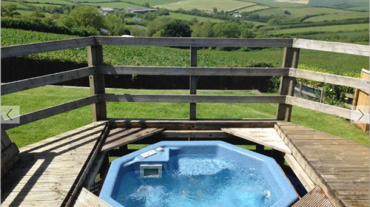 Hot Tub with Outstanding Countryside Views