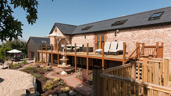 Foxhill Lodge, self-catering holiday let in Devon