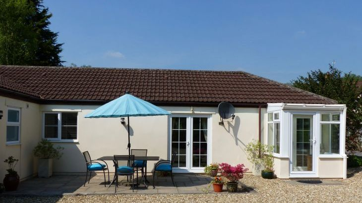 holiday cottage bungalow 2 bedroom cheddar somerset