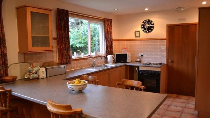 Kitchen moffat holiday cottage