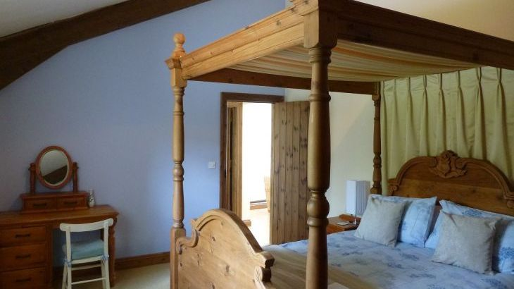 Little Bengate Barn - Sleeps 2 / Accepts up to 2 small dogs