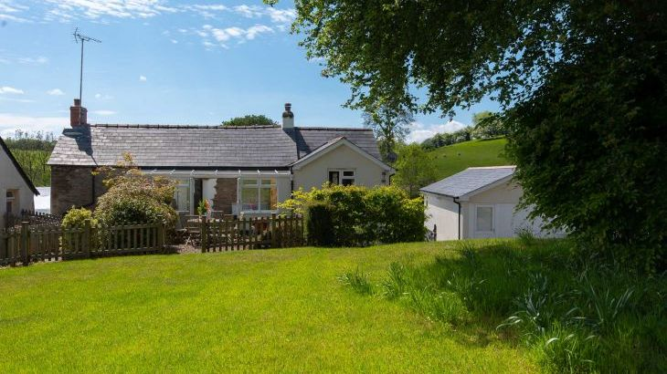 Ford Hill Cottage - sleeps 6 near Combe Martin in Devon