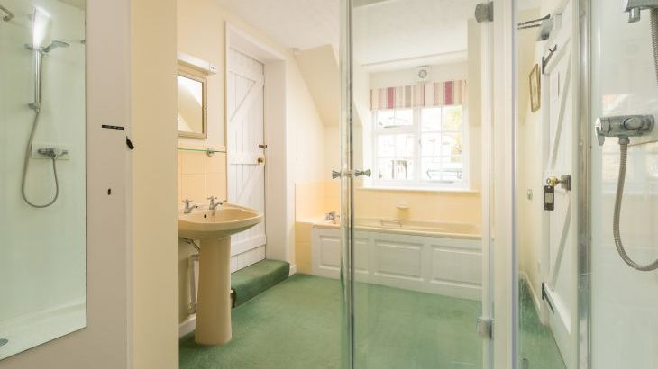 Bathroom,  Nuthatch Cottage