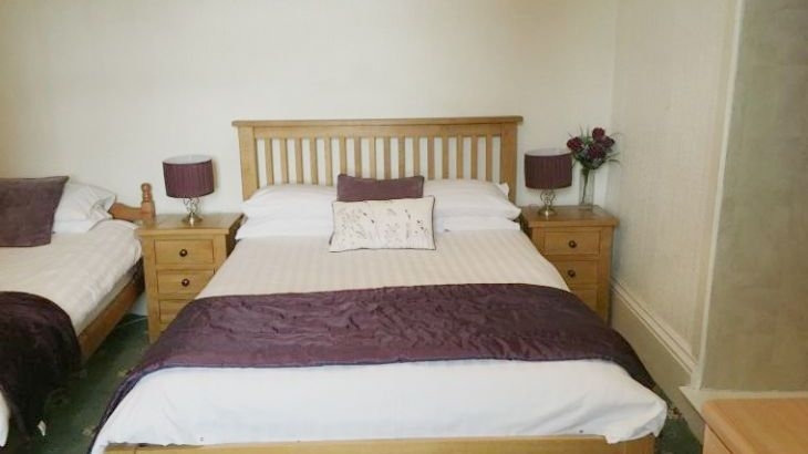 Downstairs triple bedroom with en suite