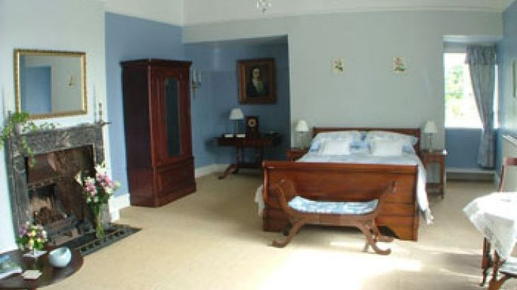 Self-catering and B&B accommodation with attractive comfortable rooms in Somerset