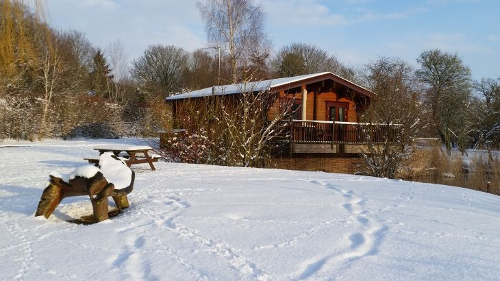 Wagtail Lodge in the snow