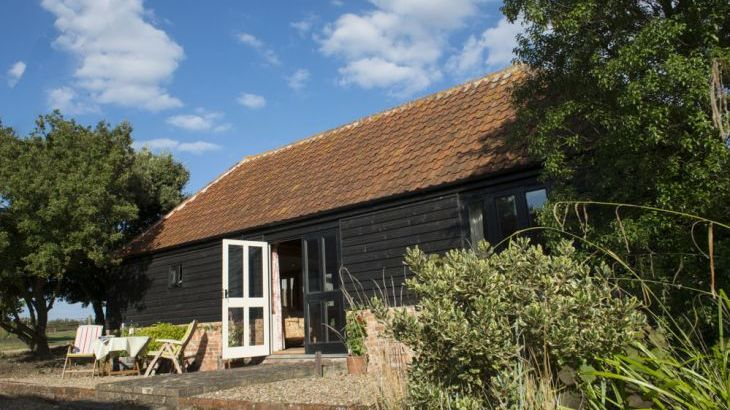 secluded cotatge self-catering near Colchester Essex