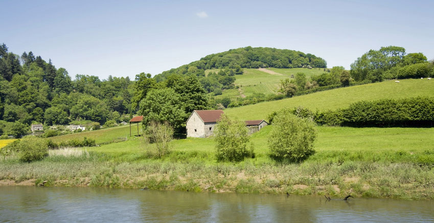 country cottage inspirational holidays